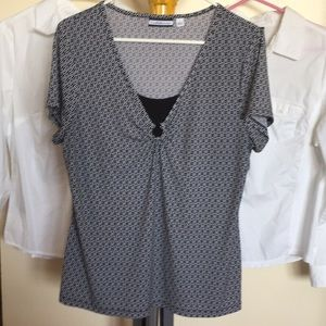 NEW LISTING!!  Croft & Barrow Short Sleeve Top